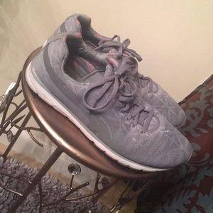 Puma running 🏃♀️ shoes.
